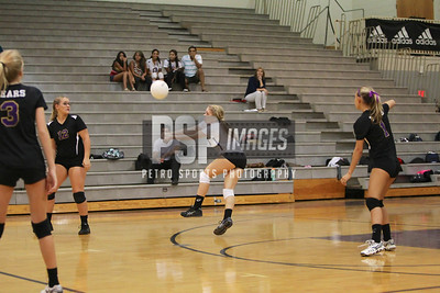 091813_Lake Mary_at_WSHS_Girls_ Volleyball_1342seqn}