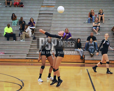 091813_Lake Mary_at_WSHS_Girls_ Volleyball_1792seqn}
