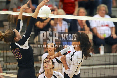 091813_Lake Mary_at_WSHS_Girls_ Volleyball_1770seqn}