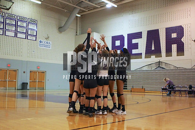091813_Lake Mary_at_WSHS_Girls_ Volleyball_1616seqn}