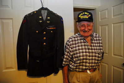 Leslie Imler with his Army Air Corps dress uniform.