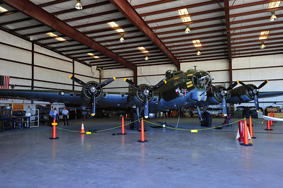 "B-17 ""Texas Raiders"""