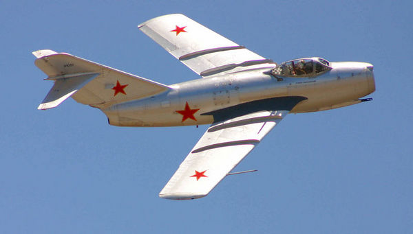 Chino Airshow 2005 -  Mig-15 Fagot