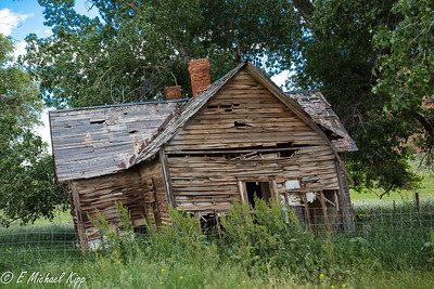 Old Home in Red Canyon near Popo Agie River - Wyoming-6446