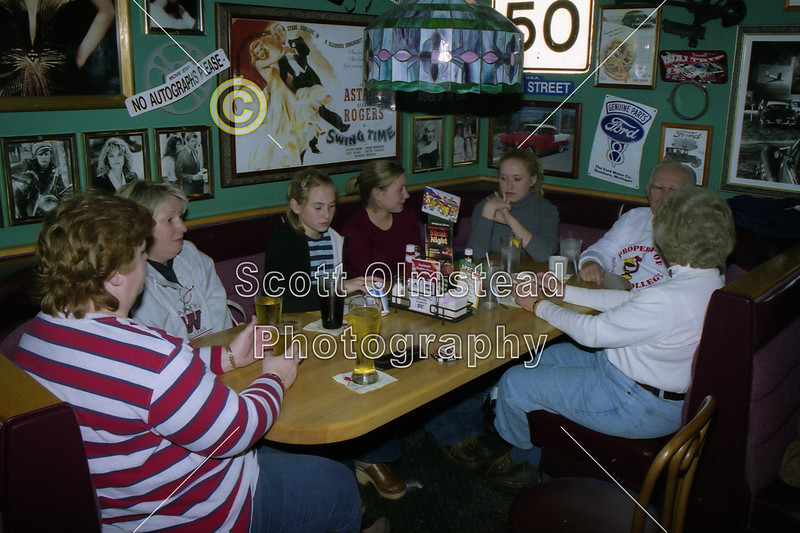 Applebees Restaurant in Crawfordsville, Indiana - Friday, November 15, 2002 - The Night Before The 109th Monon Bell - DePauw University Tigers at Wabash College Little Giants - The 109th Monon Bell Classic