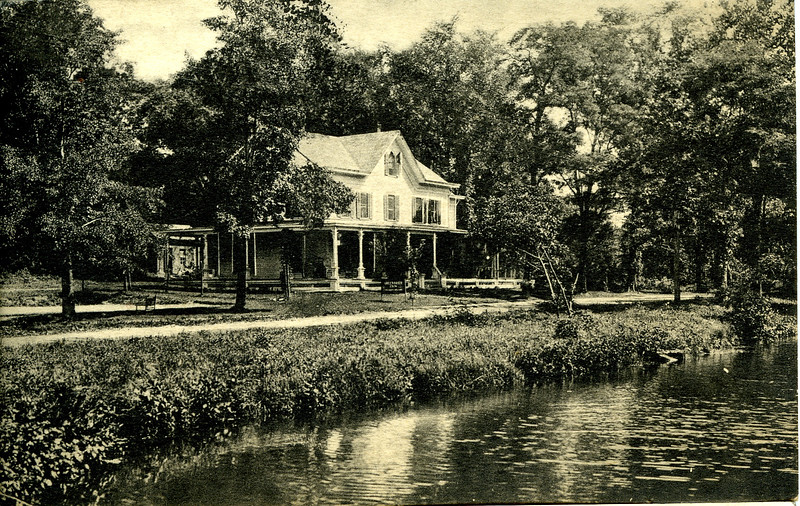 Greenbrier Inn, Wading River