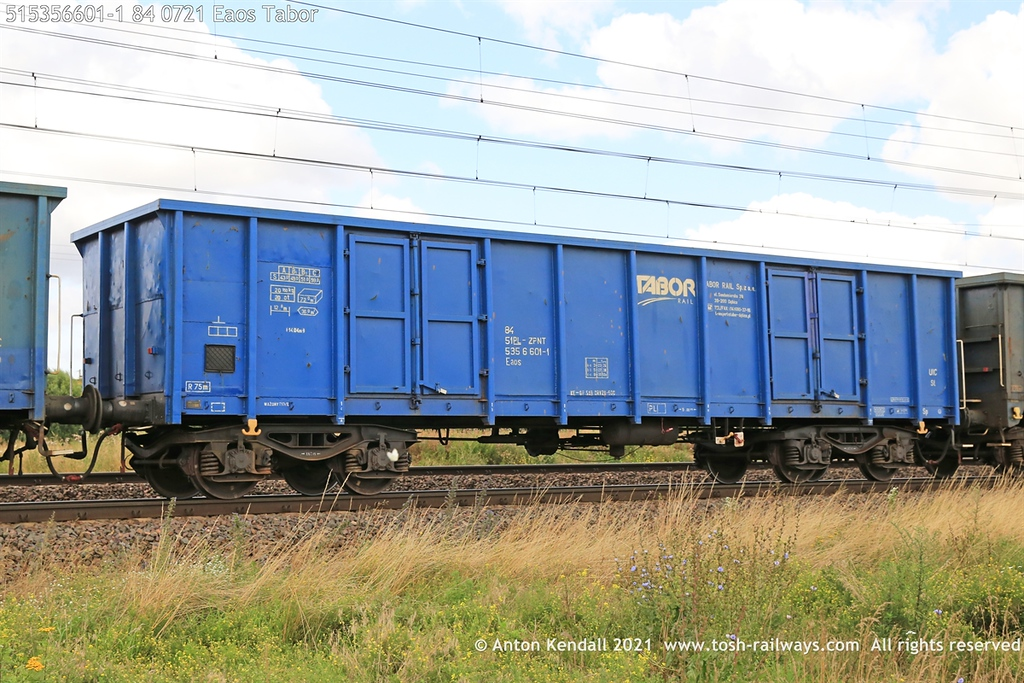 https://photos.smugmug.com/Wagons/Country/51-poland-pkp/Eaos-2/i-pRpsWKR/0/95cd8c98/XL/515356601-1%2084%200721%20Eaos%20Tabor-XL.jpg