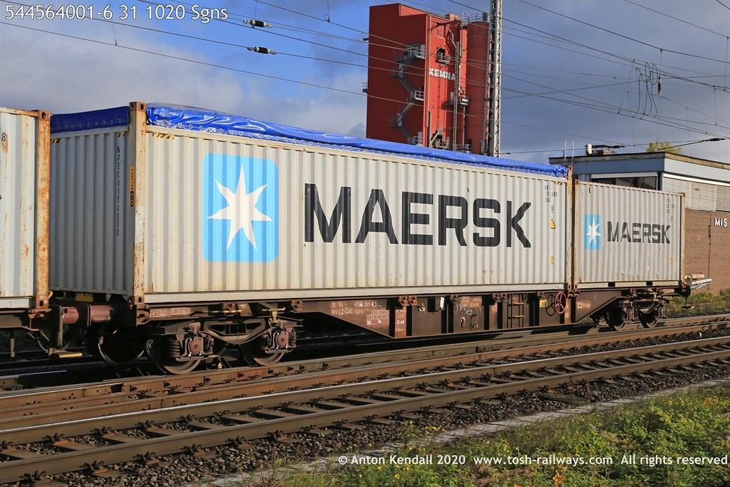 https://photos.smugmug.com/Wagons/Country/54-czech-republic-CD/400-499/i-qCbnBkb/0/0d559b87/XL/544564001-6%2031%201020%20Sgns-XL.jpg