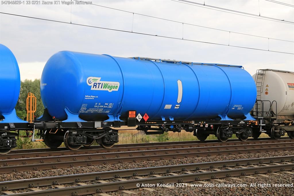 https://photos.smugmug.com/Wagons/Country/54-czech-republic-CD/Zaens-Zacens-Zans-Zacns/i-GRB574Z/0/40b0493e/XL/547846829-1%2033%200721%20Zacns%20RTI%20Wagon%20Railtrans-XL.jpg
