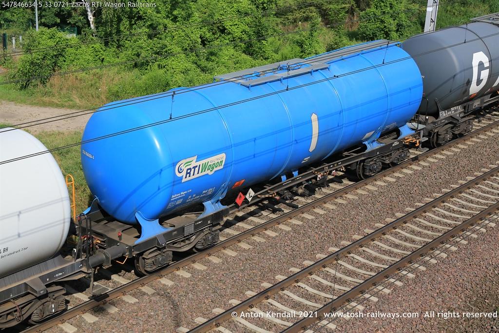 https://photos.smugmug.com/Wagons/Country/54-czech-republic-CD/Zaens-Zacens-Zans-Zacns/i-rPR3bsc/0/b4d53610/XL/547846634-5%2033%200721%20Zacns%20RTI%20Wagon%20Railtrans-XL.jpg
