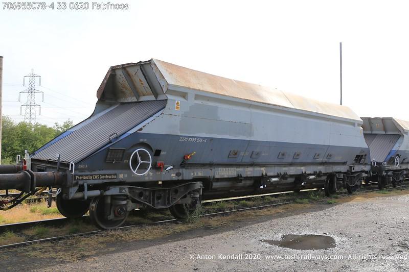 https://photos.smugmug.com/Wagons/Country/70-great-britain/Hopper/i-Z2LsbK4/0/6a6245b2/L/706955078-4%2033%200620%20Fabfnoos-L.jpg