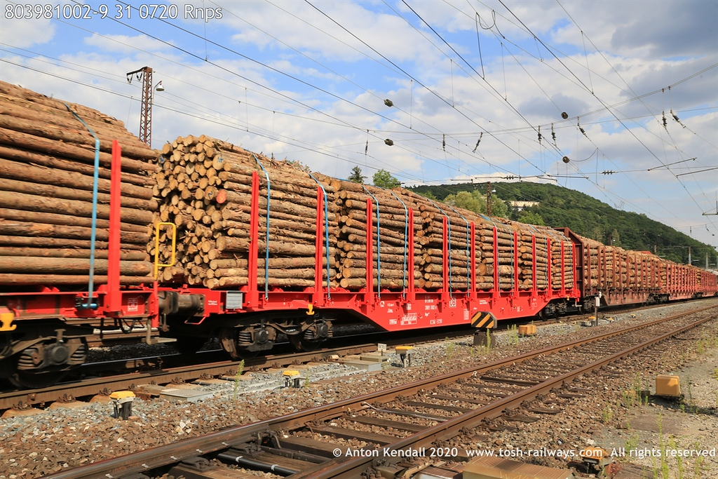 https://photos.smugmug.com/Wagons/Country/80-db-germany/300-399/394-399/i-gjWqTRr/0/0569470e/XL/803981002-9%2031%200720%20Rnps-XL.jpg