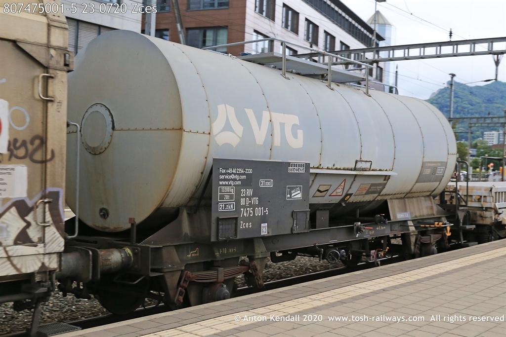 https://photos.smugmug.com/Wagons/Country/80-db-germany/700-749/747-749/i-kqTWnJP/0/13109c27/XL/807475001-5%2023%200720%20Zces-XL.jpg