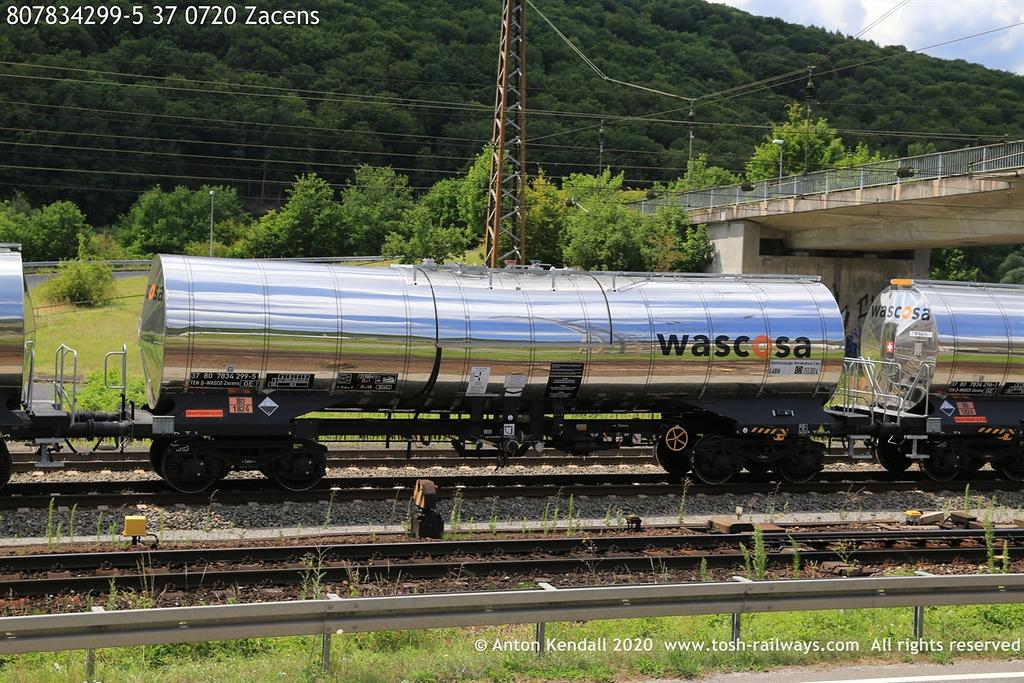 https://photos.smugmug.com/Wagons/Country/80-db-germany/750-799/7817-7834-37/i-xkbGjNd/0/b2feec31/XL/807834299-5%2037%200720%20Zacens-XL.jpg