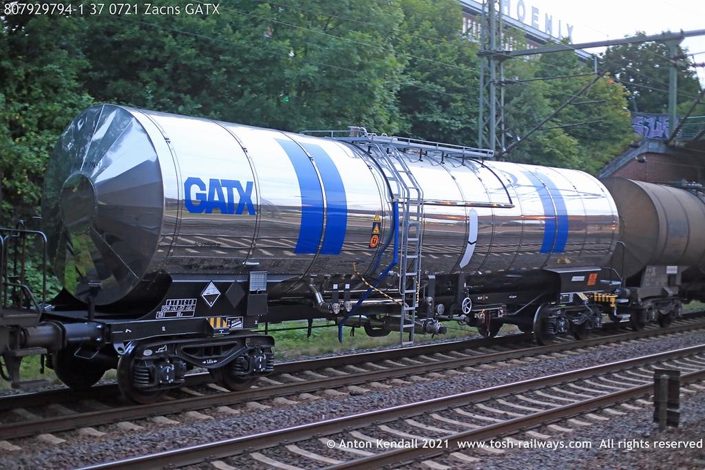 https://photos.smugmug.com/Wagons/Country/80-db-germany/750-799/7924-7929-37/i-KdsTHwt/0/be646a62/XL/807929794-1%2037%200721%20Zacns%20GATX-XL.jpg