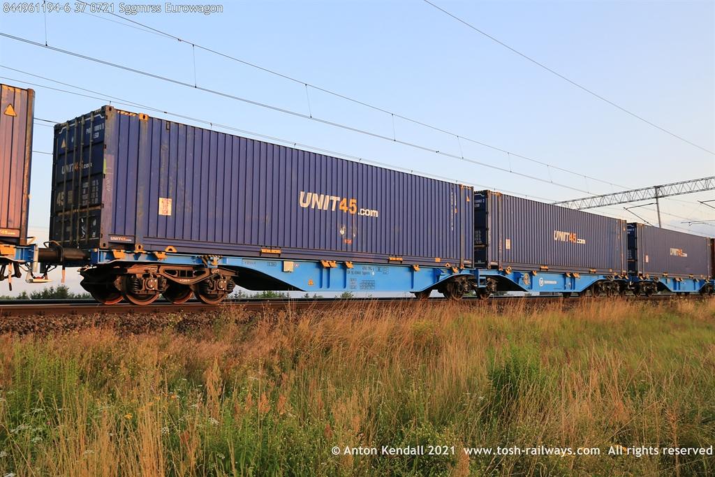 https://photos.smugmug.com/Wagons/Country/84-nl-netherlands/400-499/i-JgQXMsH/0/db129150/XL/844961194-6%2037%200721%20Sggmrss%20Eurowagon-XL.jpg