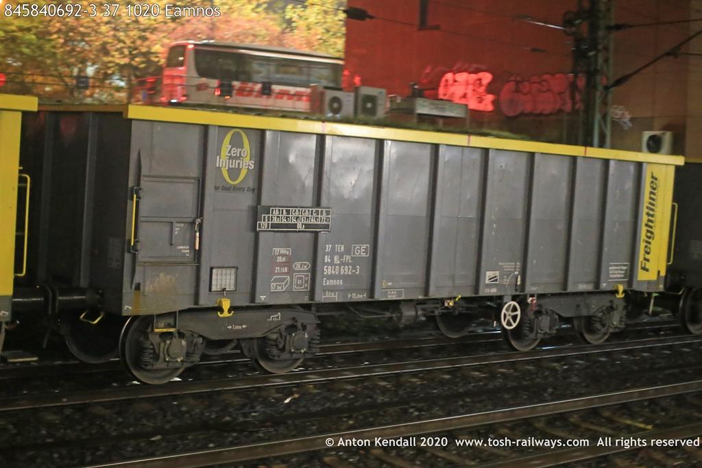 https://photos.smugmug.com/Wagons/Country/84-nl-netherlands/500-699/i-7qJswL7/0/17878aea/XL/845840692-3%2037%201020%20Eamnos-XL.jpg