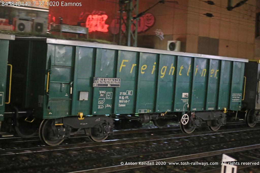 https://photos.smugmug.com/Wagons/Country/84-nl-netherlands/500-699/i-Jj3TSfC/0/c3da0017/XL/845840440-7%2037%201020%20Eamnos-XL.jpg