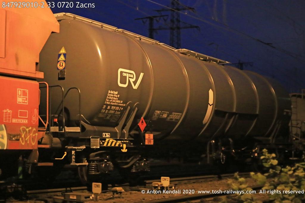 https://photos.smugmug.com/Wagons/Country/84-nl-netherlands/791-792/i-dst5R35/0/f4ec71c1/XL/847929010-2%2033%200720%20Zacns-XL.jpg