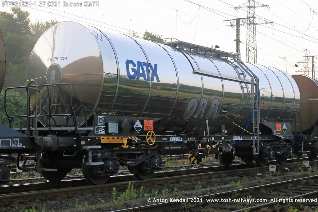 https://photos.smugmug.com/Wagons/Country/84-nl-netherlands/793-2/i-hFT36n9/0/b0dd9c32/XL/847931224-1%2037%200721%20Zacens%20GATX-XL.jpg