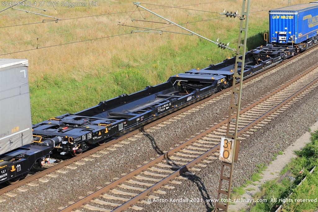 https://photos.smugmug.com/Wagons/Country/85-sbb-cff-switzerland/460-499/i-8bDdxFR/0/617c5b66/XL/854956433-4%2037%200721%20Sdggmrss%20TXL-XL.jpg