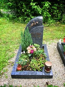 Urnengrab Granit