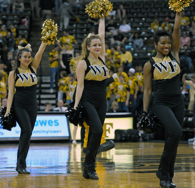 Deacon dancers