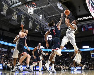 Mitch Wilbekin rebound & shot