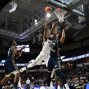 Terrence Thompson rebound & shot in lane