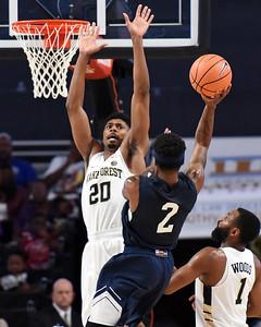 Terrence Thompson basket defense