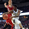 Bryant Crawford pass under basket
