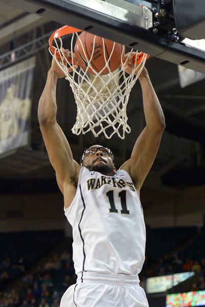 CJ Harris dunk
