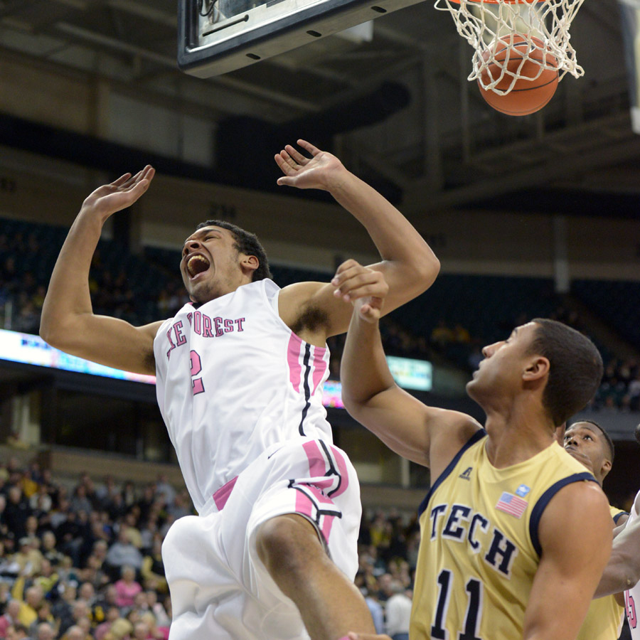 Devin Thomas celebrates follow shot  basket
