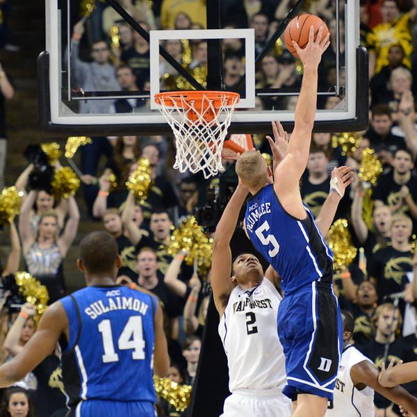 Mason Plumlee hook shot