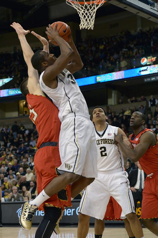 Travis McKie layup after rebound