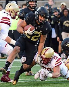 Matt Colburn breaks tackle