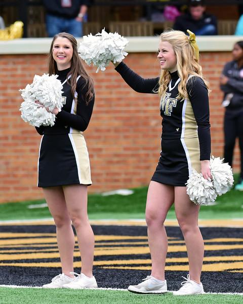 Deacon senior cheerleaders