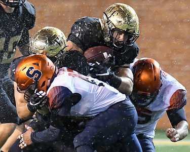 Cade Carney tackled by Syracuse D
