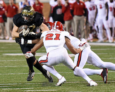AlexBachman tackled after catch & run