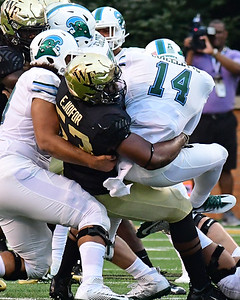 Duke Ejiofor tackles Cuiellette