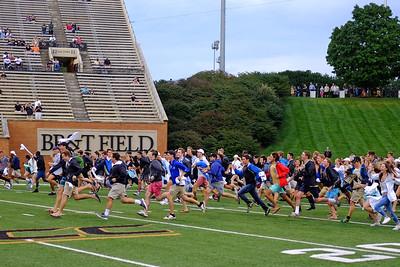 Freshmen rush the field