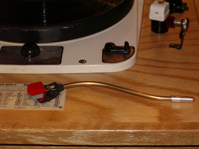 Stylus guard on Decca London Gold Mk IV.