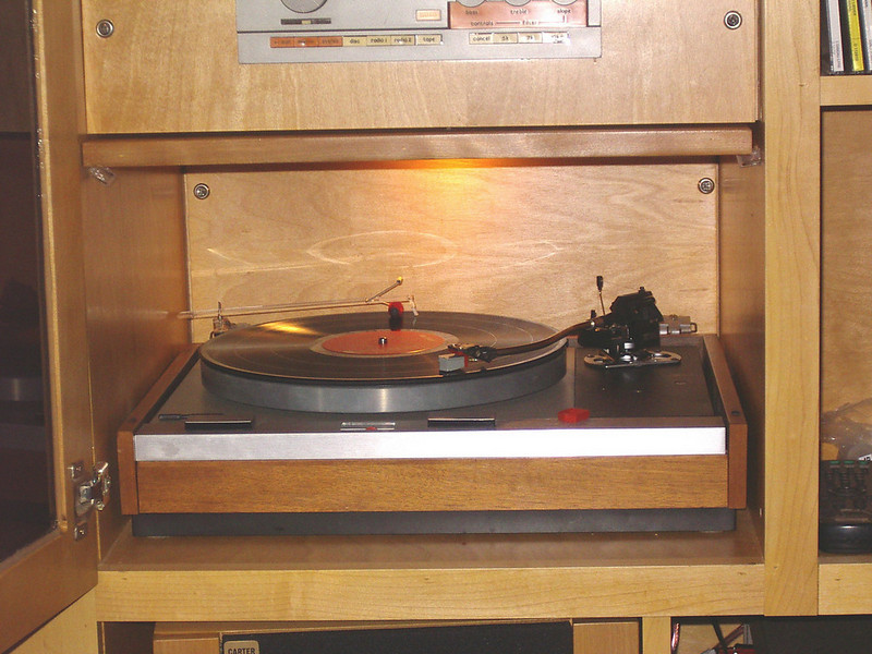 Decca London Gold Mk VI mounted on SME series 3 arm.  Playing LP on Thorens TD 125 Mk II.  Cecil E. Watts Dust Bug also shown.