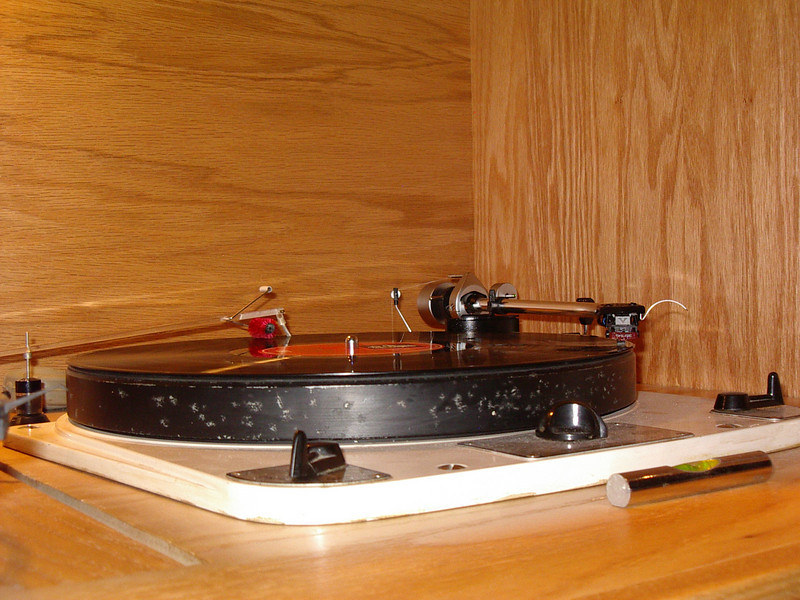 SME series 2 improved with Shure V 15 xmr on a Garrard 301 from the early sixties.  Cecil E. Watts Dust Bug also shown.