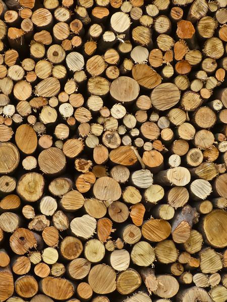 -- Image by © Aram Radomski/Berlintapete A large stack of firewood, full frame --- Image by © Kevin Kelly/fstop/Corbis