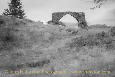 King George III Jubilee Arch, Hafod - August 14, 2017