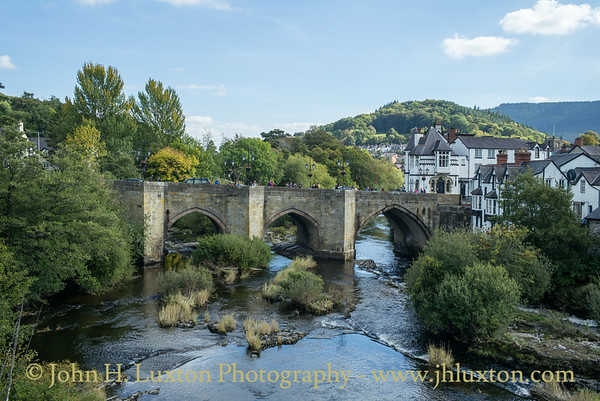 Llangollen - River Dee Bridge - September 29, 2018