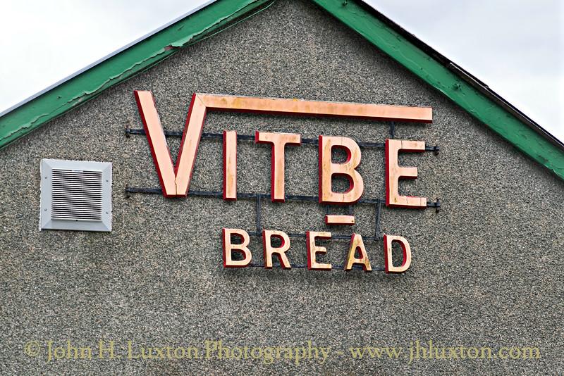 Tudor Bakery, Penrhyndeudreath - April 29, 2017