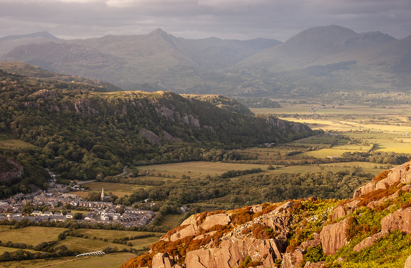 Tremadog village and Snowdonia mountains