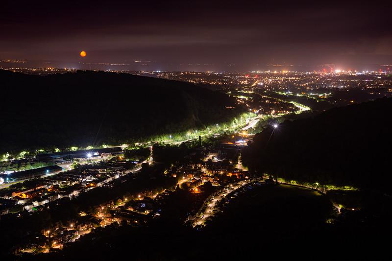 Taff's Well moonrise